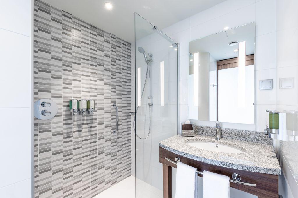 NUR Bathroom